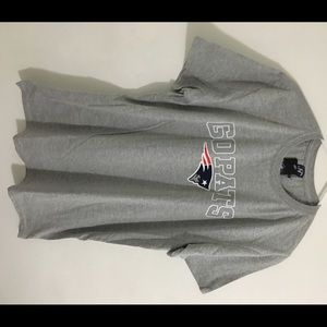 Gray New England Patriots Men's Large Shirt